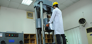 Universal Testing Machine For Steel